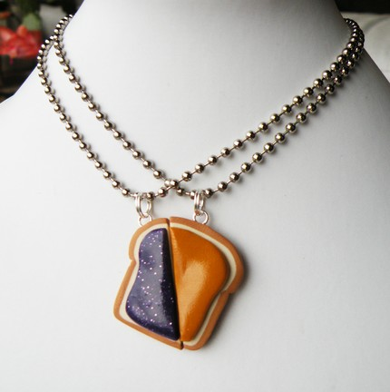 Matching peanut butter and jelly slice necklaces kawaii for Couples matching jewelry sets