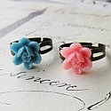 Pretty Floral Rose Ring